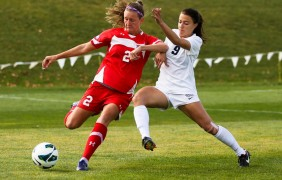 Women's soccer closes out season with a win