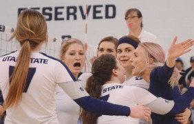 Aggies fall to Lobos in four sets
