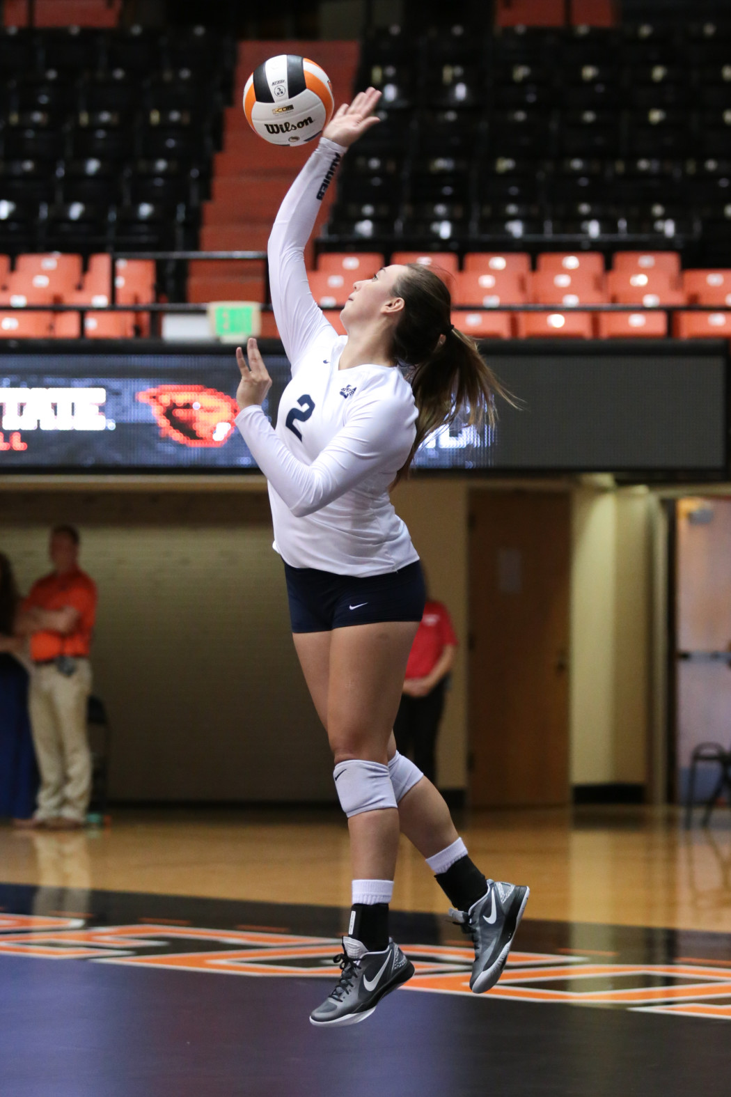 USU volleyball concludes an eventful road trip - The Utah