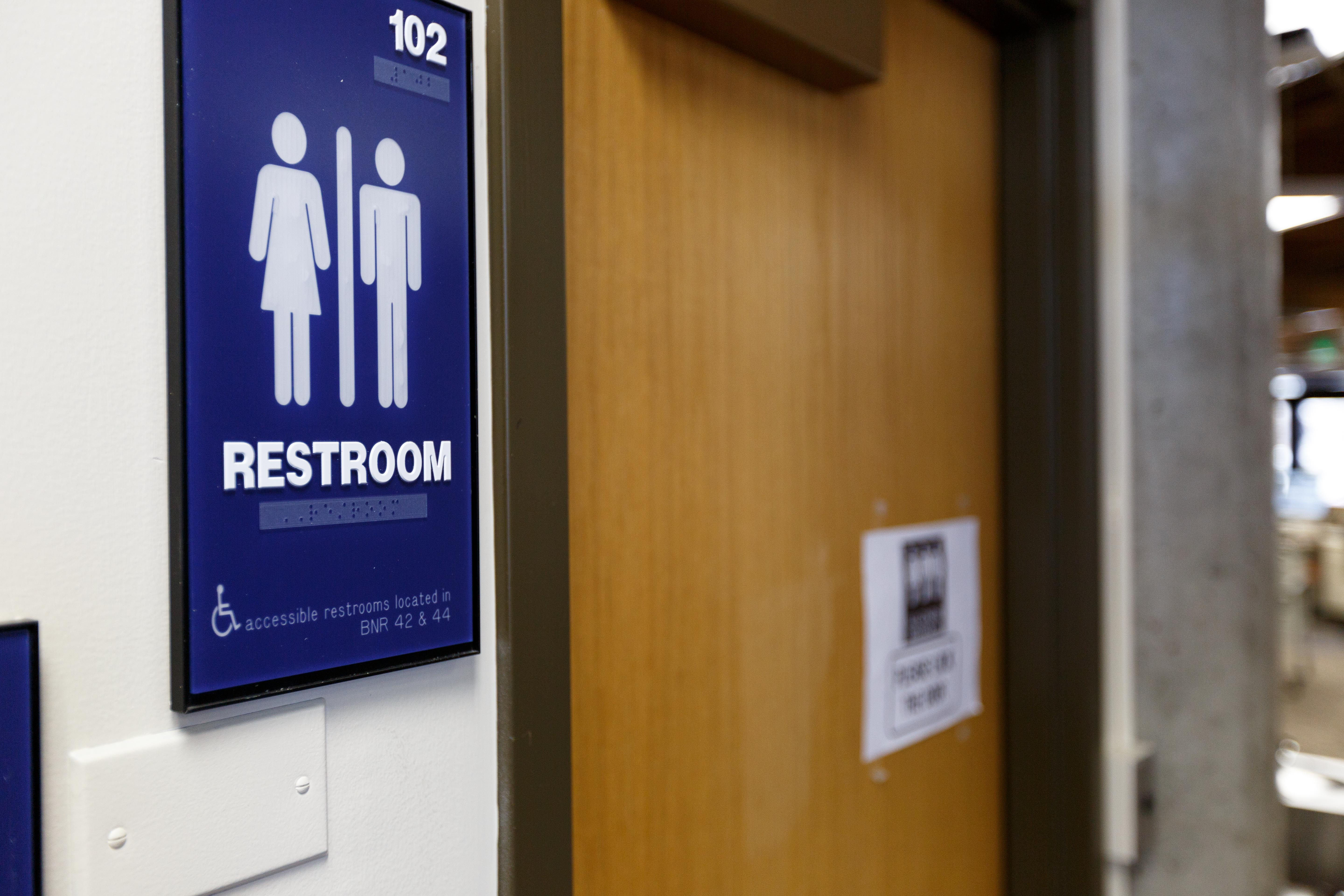 Students react to trump administration s withdrawal of transgender bathroom protections the for Support for transgender bathrooms