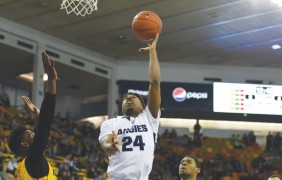 Men's hoops set to clash with SDSU