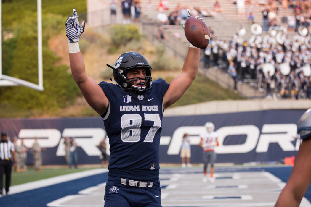 sports shoes f1c0c 7d06e Former Aggie TE Raymond getting love in Chicago - The Utah ...